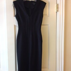 Fitted darted dress